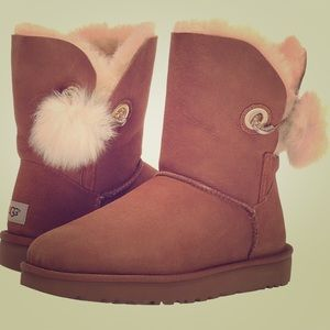 Brand new! In the box never worn! Size 5,6,7 UGGS